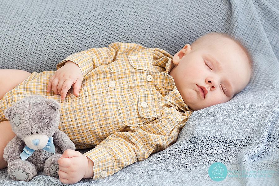 Фотосессия спящего малыша