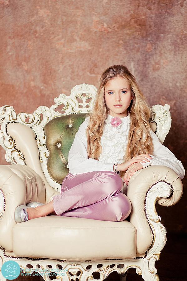 студийная фотосессия для девочки подростка